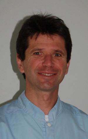 Dr Michel Dadoun